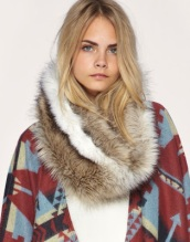 fur_scarf_asos2