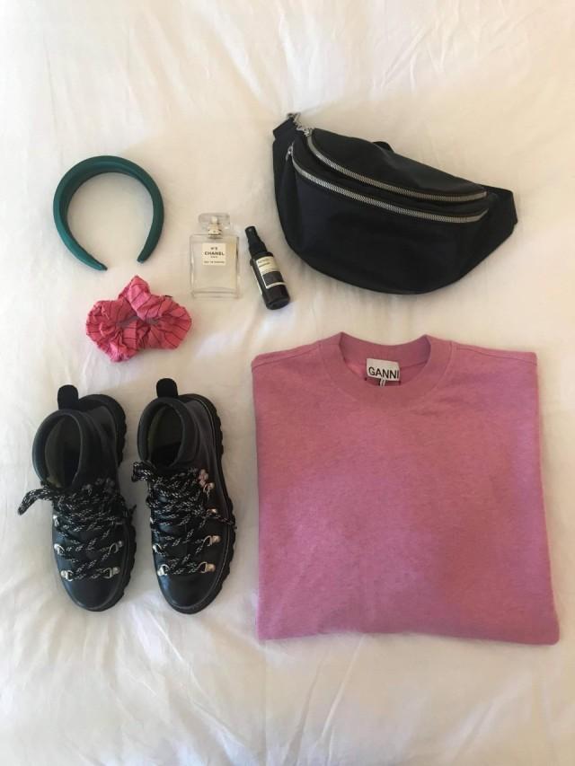 Essentials_Bella
