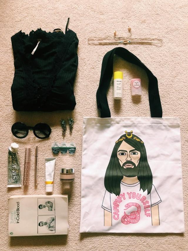 Essentials_Sophie